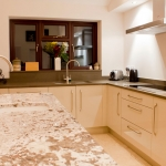 Silestone Amazon and Bianco Antique