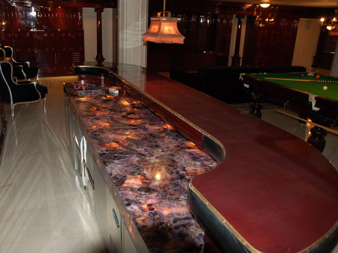 Commercial Worktops, bars, restaurants, leisure industry